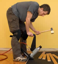 floor-nailer-in-action