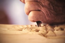 woodcarving-hands